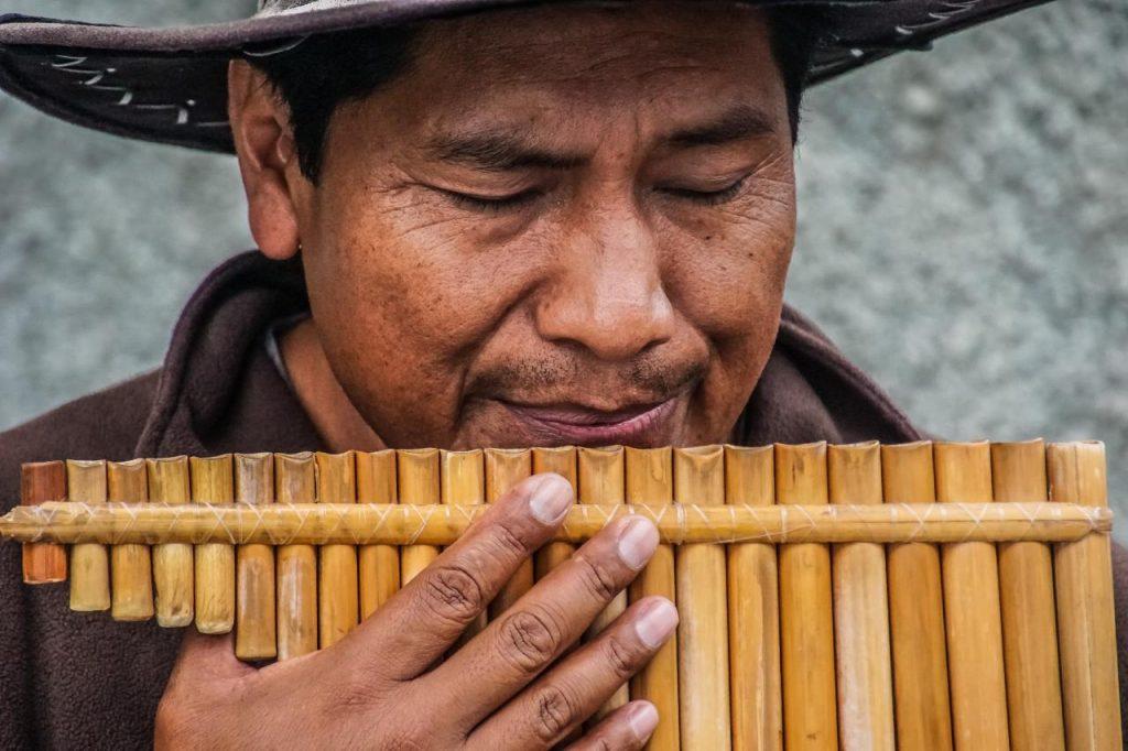 Zampoña Instrumento Musical Tradicional de Nuestra Cultura Ecuatoriana Andina
